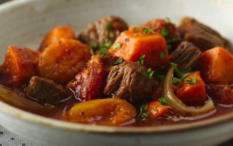 Reteta cartofi cu carne