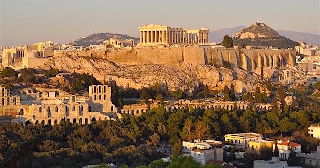 Ghid turistic Atena în română