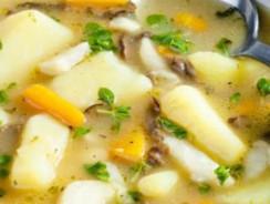3 reţete pentru ciorbe cu cartofi