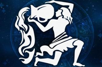 Varsator horoscop lunar august
