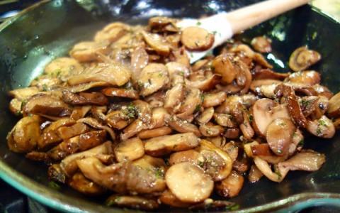 Retete simple ciuperci