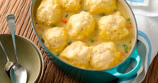 Supa cu galusete de orez sau de cartofi