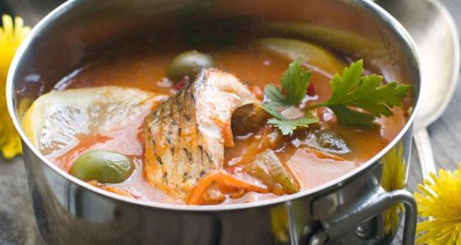 3 reţete de ciorbă de peşte