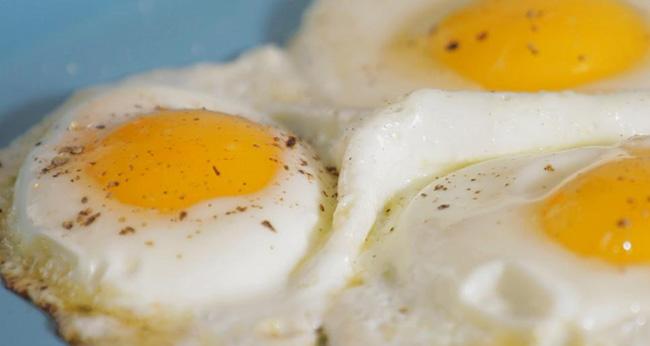Reţete pentru ouă ochiuri