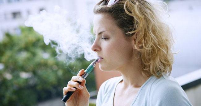 Anglia: ţigările electronice pe reţetă